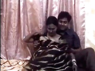 Preview: Indian Hubby & Wifey's Private Home Flick